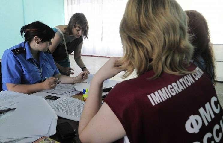 Глава ФМС рассказал, как украинским беженцам проще получить российское гражданство