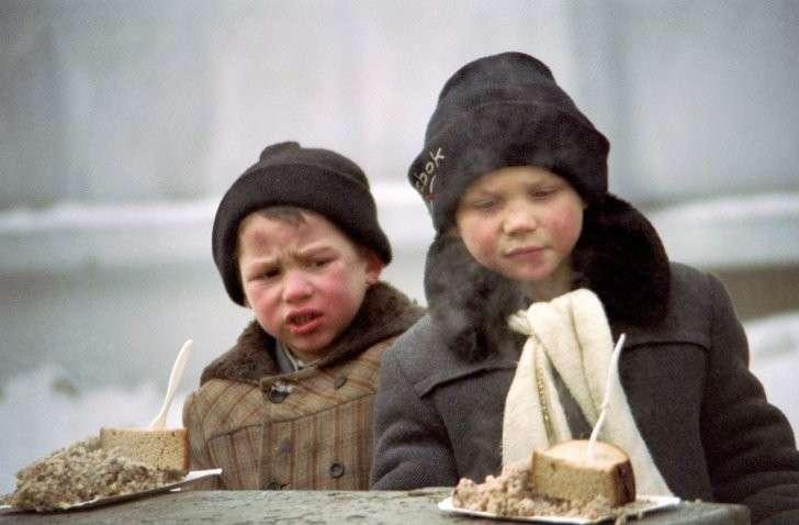 В России, за три года шоковой терапии 90-х, одних лишь мужчин среднего возраста скончалось 12 млн