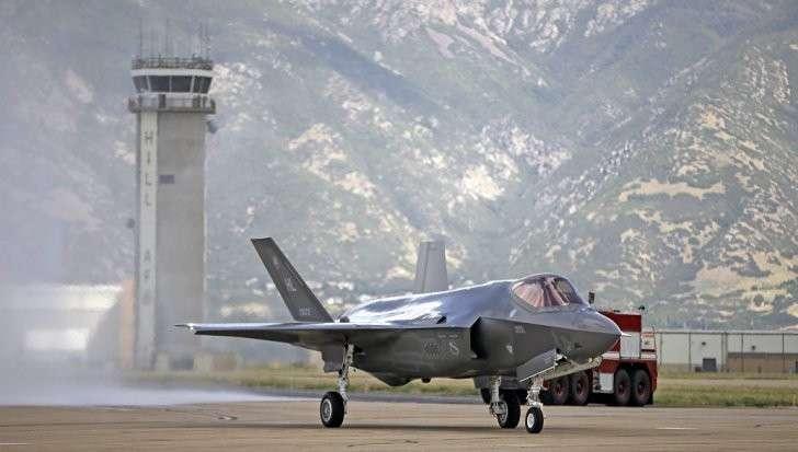 США: Истребитель F-35 «национальная катастрофа» и пожиратель денег, NI