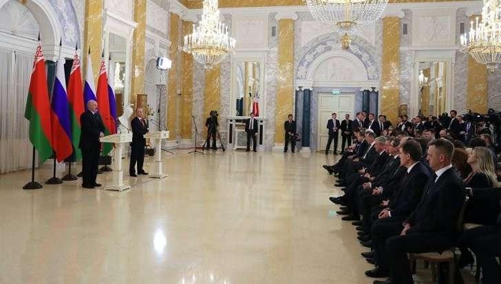 Путин и Лукашенко: борьба против глобалистов и их марионеток сплачивает