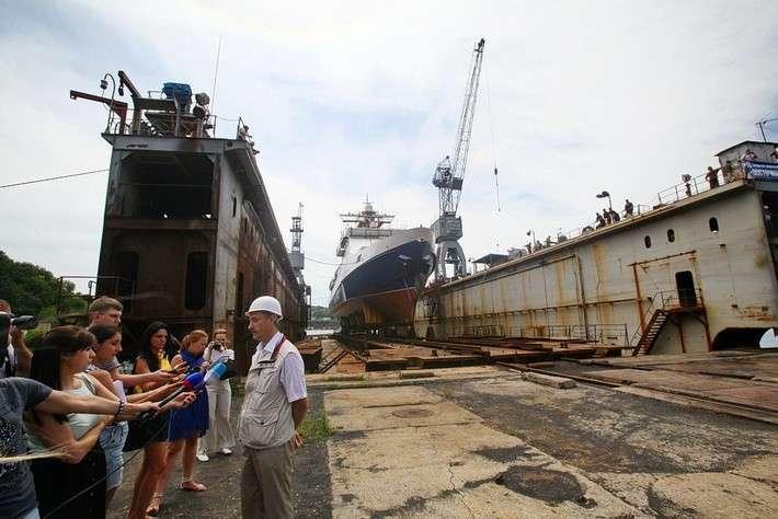 «Восточная верфь» спустила на воду пограничный сторожевой корабль «Сапфир»