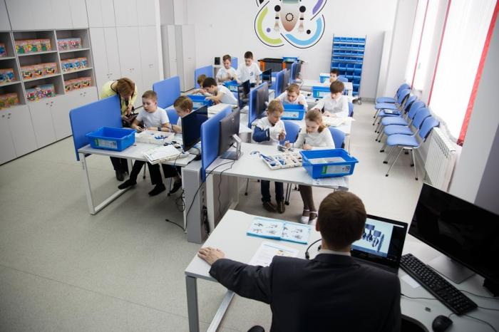 Детский технопарк открылся в Белгородской школе пятьдесят