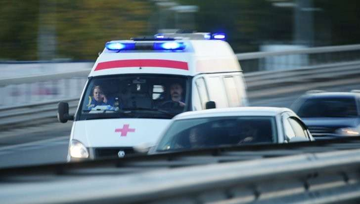 Москва: столкнулись поезд дальнего следования и электричка