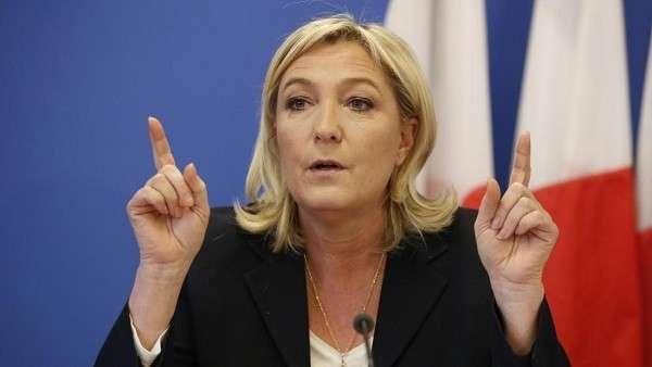 Выборы во Франции: Марин Ле Пен атакуют все кандидаты