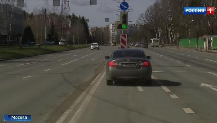 В Зеленограде тестируют «умный» светофор, который сам решает, когда сменить сигнал
