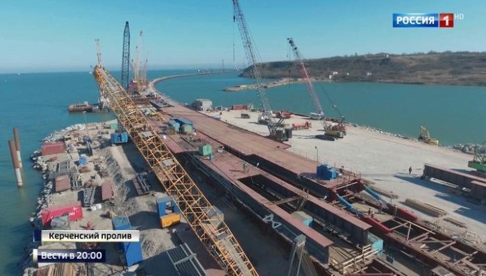 Керченский мост запустят одновременно с трассой «Таврида»
