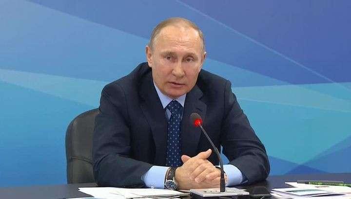 Владимир Путин: власти РФ не допустят цветных революций в России и странах ОДКБ