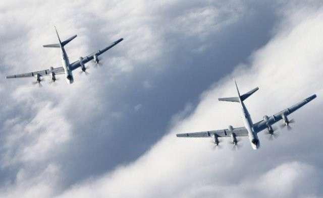 СМИ: Полеты российской стратегической авиации у берегов США резко участились