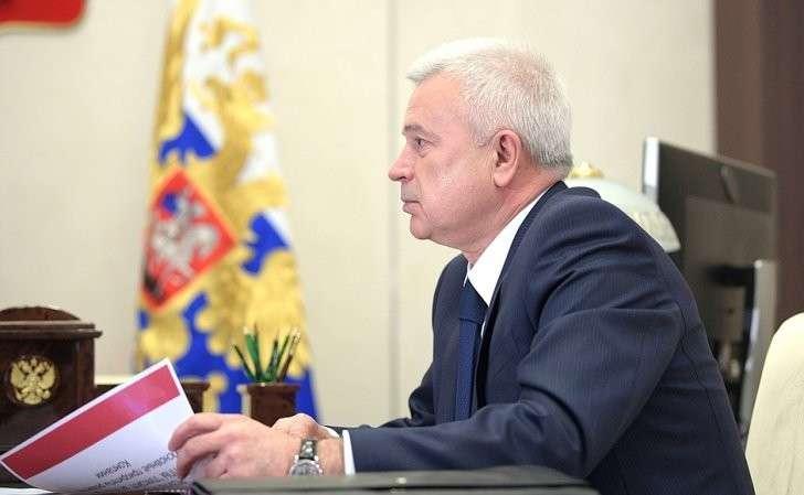Владимир Путин встретился спрезидентом компании «ЛУКОЙЛ» Вагитом Алекперовым