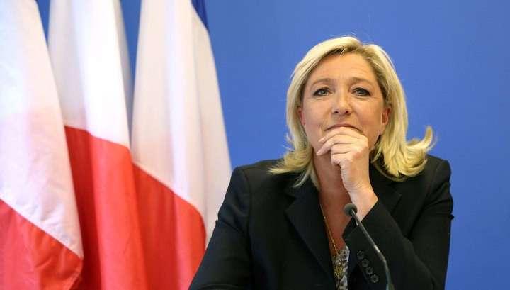 Масоны франции ополчились против Марин Ле Пен