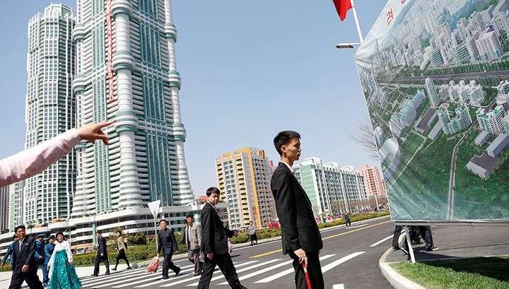 Пока Дикий Запад грозит Северной Корее, Ким Чен Ын открывает образцовую улицу