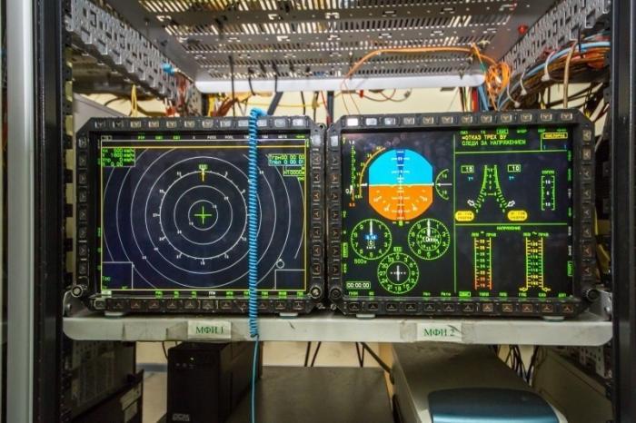 ПАК ФА Т-50: начались лётные испытания принципиально новой авионики