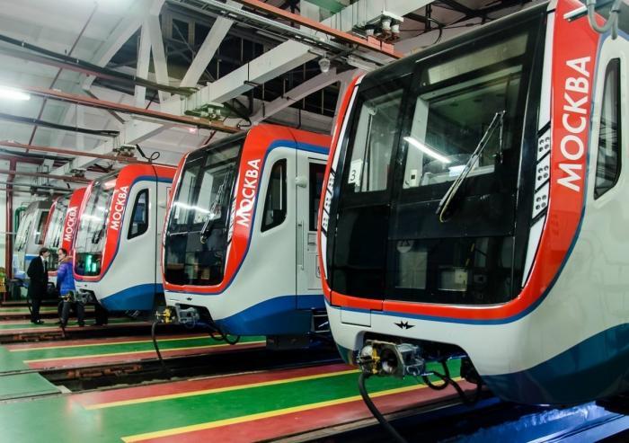 Московский метрополитен начал эксплуатацию составов новой модели «Москва»