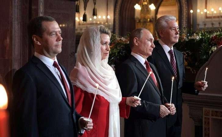 Президенту Путину было бы лучше быть знающим, а не верующим