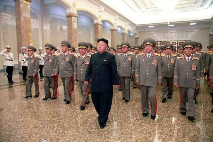 Лидер КНДР готовится к войне с Америкой. Он принял решение эвакуировать 600000 человек из Пхеньяна