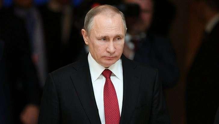 Глава государства Владимир Путин заработал в прошлом году около 8,858 миллиона