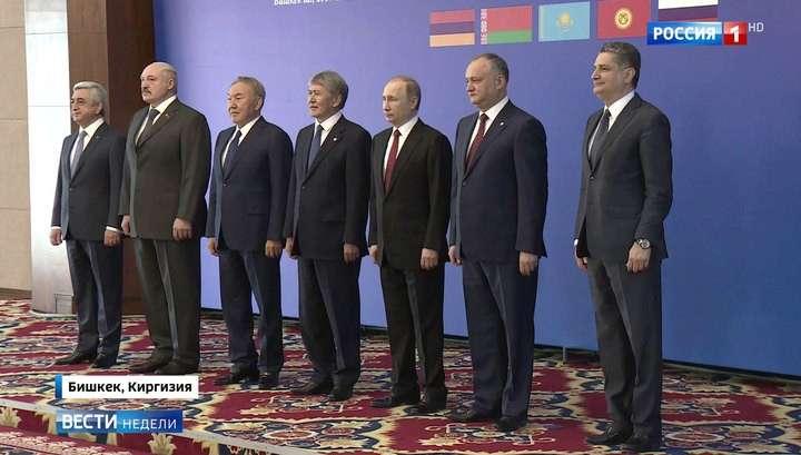 Александр Лукашенко о ЕврАзЭС: будем раздельно – раздербанят