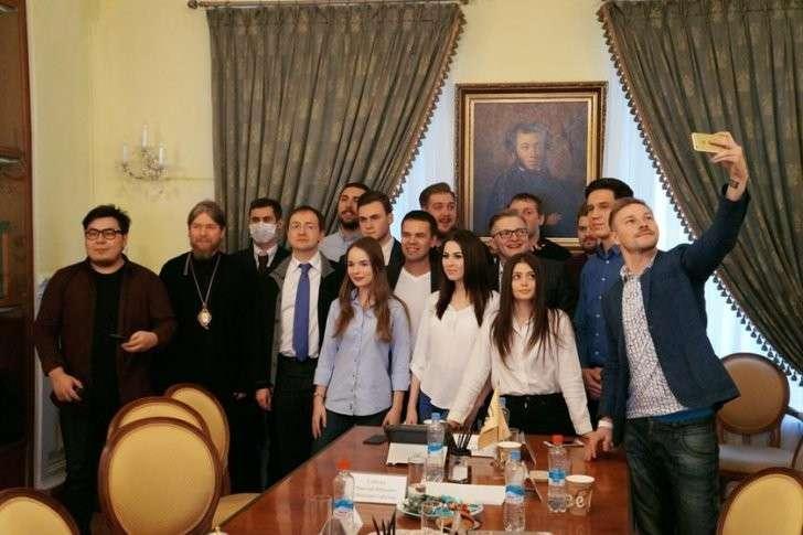 навальный блогеры майдан