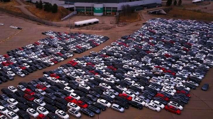 Фольксваген выкупил почти 240 тысяч дефектных машин в США