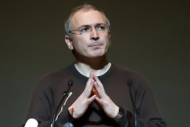 Таллин: Ходорковский готовит протесты и провокации в России. Кто «засветился» на камеры?