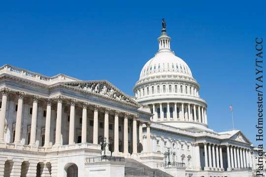 Как Мировое Правительство контролирует Конгресс США. Карточный домик