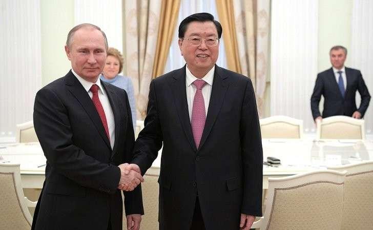 Владимир Путин встретился сглавой комитета Всекитайского собрания народных представителей