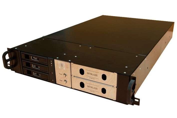 Выпущено 3 новых модели серверов спроцессорами Эльбрус