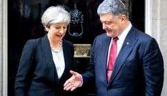 Премьер-министр Великобритании Тереза Мэй и президент Украины Петр Порошенко во время встречи на Даунинг-стрит.