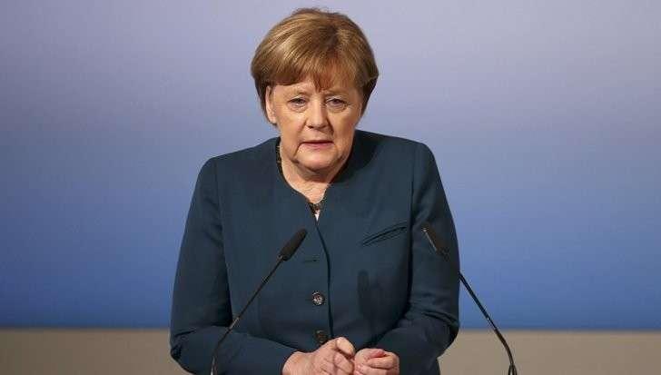 Выборы в Германии: Меркель не представила доказательства вмешательства России