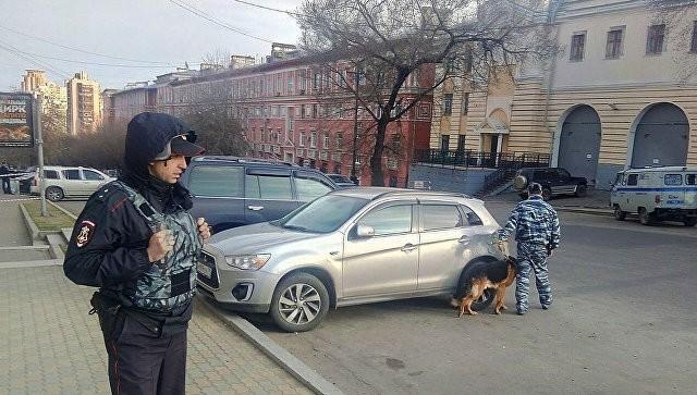 Хабаровск: терорист напал на приемную ФСБ, погибли два человека