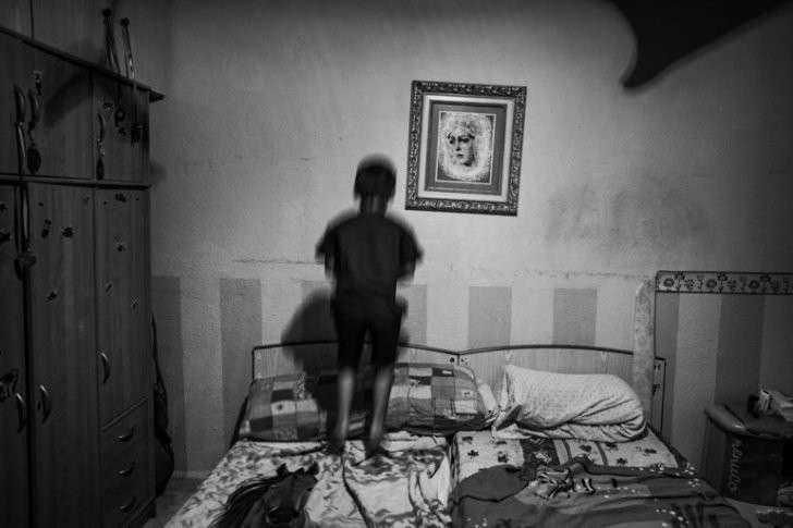 Испания: 40% детей живут в нищете, доля растет среди большинства