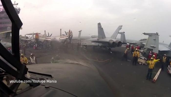 Северная Корея: авианосец США понёс первые потери. Минус один истребитель
