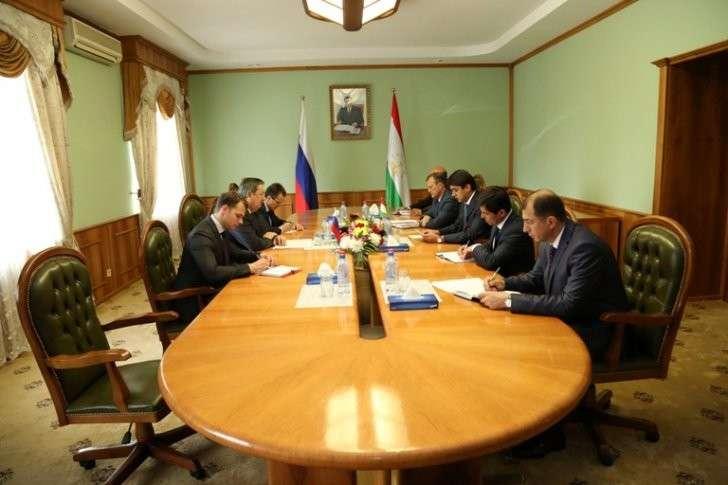 Мэр Душанбе встретился с послами России и Узбекистана, чтобы обсудить вопросы сотрудничества