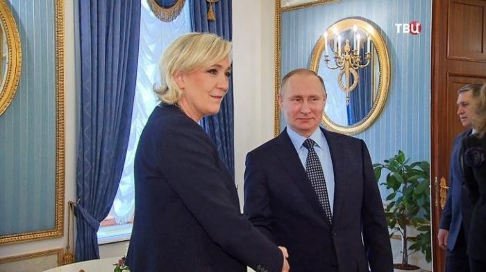 Франция на распутье, выборы на носу. Кого выбирать?