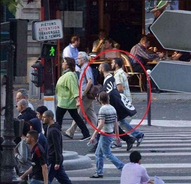 Почему толерантная Европа – жертва террора №1? Просто взгляните на это фото