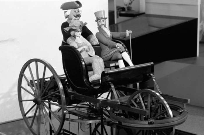 Модель *самобеглой коляски* Кулибина | Фото: aif.ru