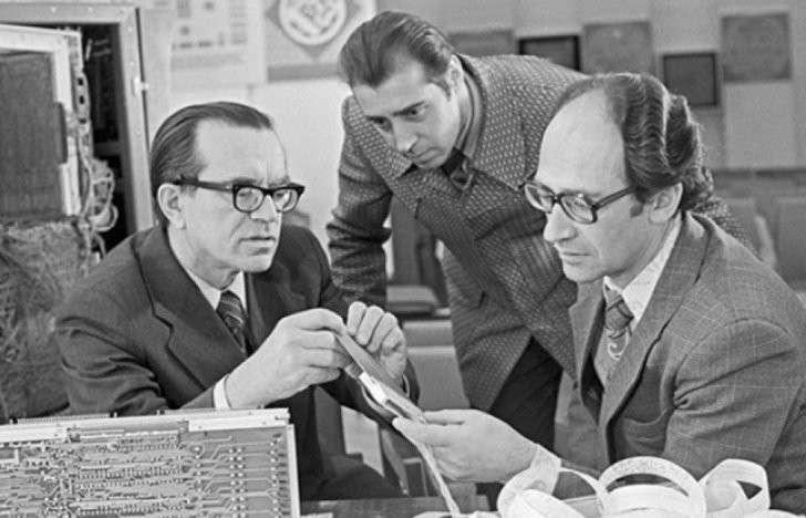 Как борцы с лженаукой помогли ЦРУ уничтожить советскую кибернетику