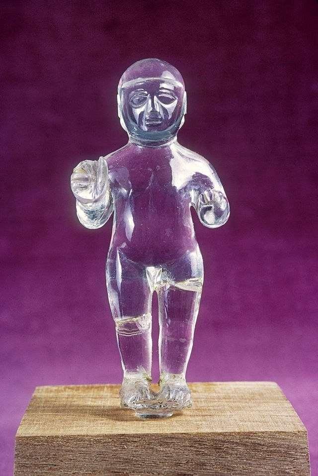 Десять загадочных древних артефактов, которые можно увидеть в музеях
