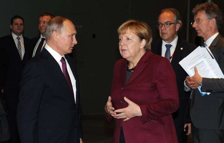 Во время последней встречи Владимира Путина и Ангелы Меркель в Берлине, октябрь 2016 года