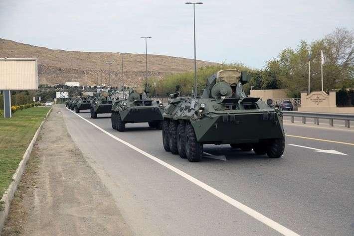 Очередная партия БТР-82А прибыла вАзербайджан изРоссии