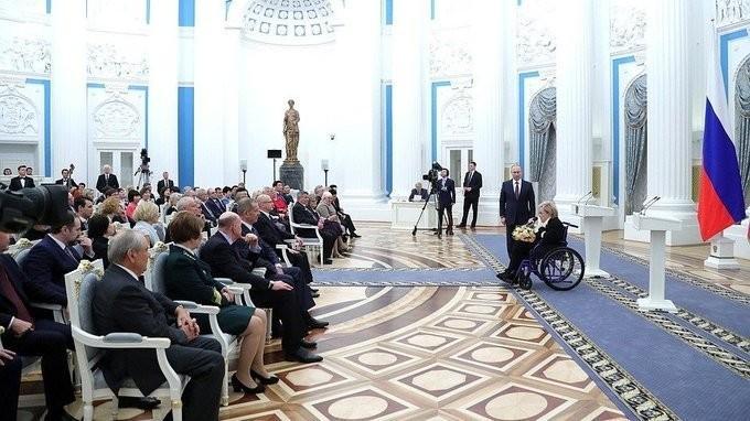 Владимир Путин вручил медали «Герой Труда» пятерым гражданам страны