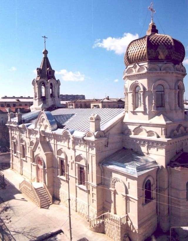 Кафедральный собор Святых Жен-мироносиц в Баку