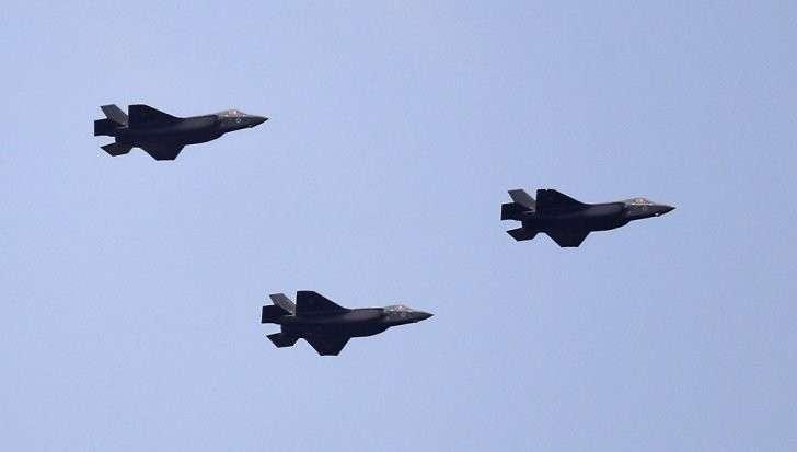 Евреи похвастались перед арабами безполезными самолётиками F-35