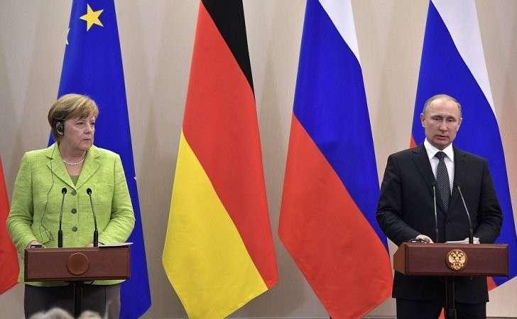 Заявления для прессы поитогам встречи c Федеральным канцлером Германии Ангелой Меркель.