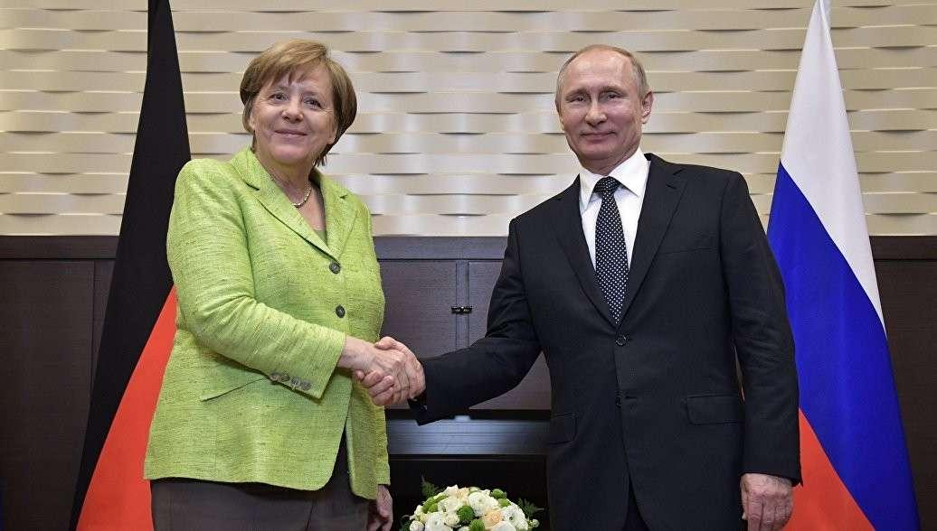 Владимир Путин и Ангела Меркель подвели итоги переговоров в Сочи