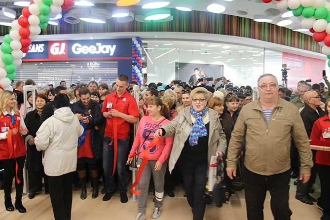 Зачем в Тольяти строить столько ТЦ, где растет безработица и падает покупательская способность