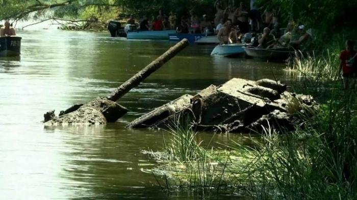 В реке Дон в Воронежской области нашли американский танк времён Великой Отечественной войны