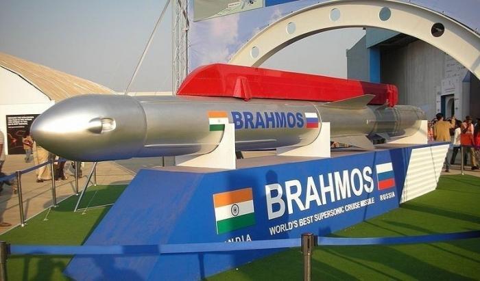 Индийские военные рассказали орезультате испытаний российско-индийской ракеты «БраМос»