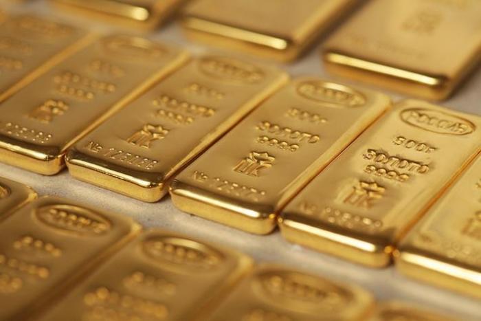 Россия стала лидером по замене «зелёных фантиков» на золото в 2016 году