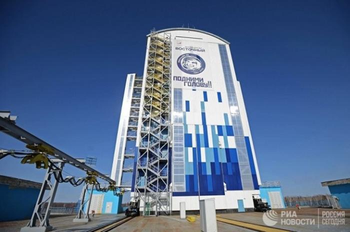 «Роскосмос» потребовал от проворовавшегося Спецстроя покинуть космодром Восточный